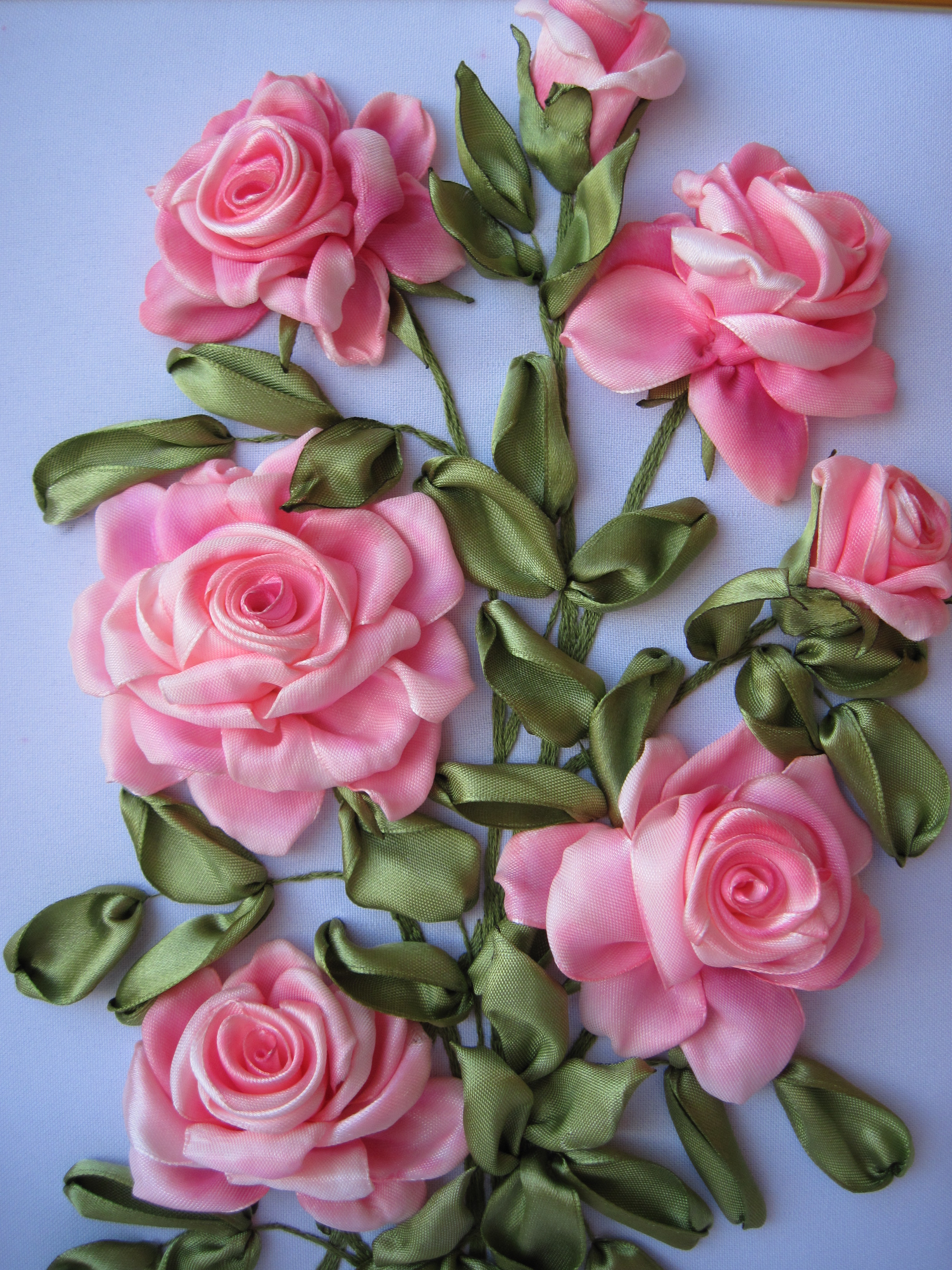 Вышивка лентами объёмные розы 28